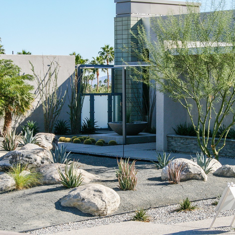 Outdoor Palm Springs home